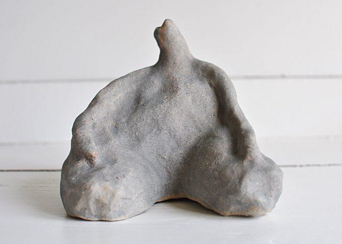 """Handgjord skulptur """"Emil""""   Egenhändigt   Willekulla Lantlig Inredning   framsida"""