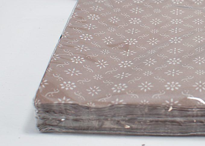 Bruna servetter med blommigt mönster | Ib Laursen | Willekulla Lantlig Inredning