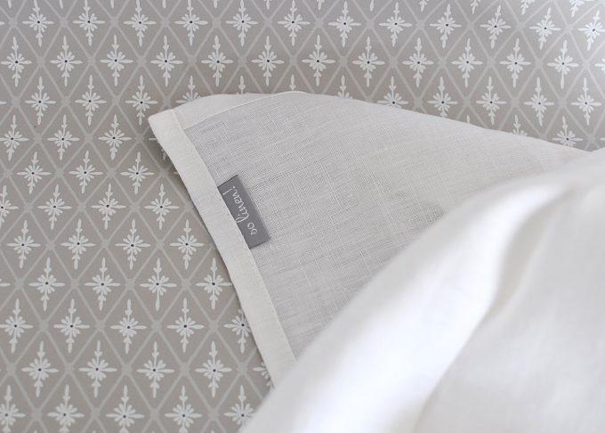 Vit kökshandduk i linne 70×45 cm | So Linen | Willekulla Lantlig Inredning | närbild