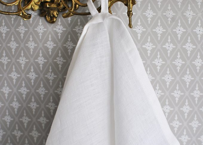 Vit kökshandduk i linne 70×45 cm | So Linen | Willekulla Lantlig Inredning | framsida
