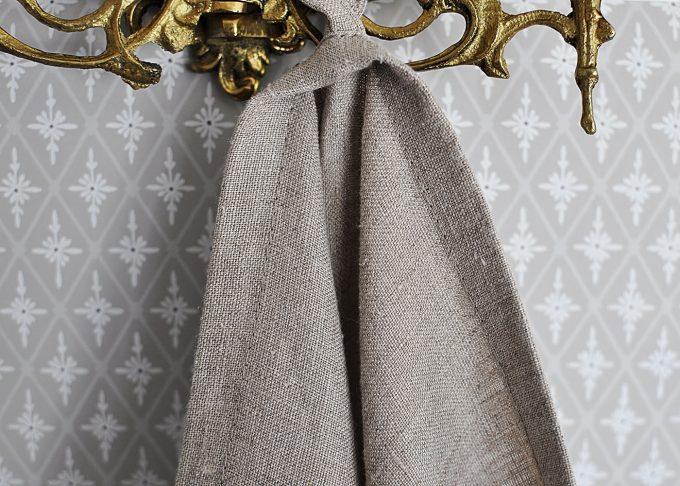 Naturfärgad badhandduk i linne 70x140cm | So Linen | Willekulla Lantlig Inredning | framsida