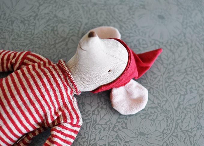 Julmus pojke medium | Maileg | Willekulla Lantlig Inredning | ovanifrån
