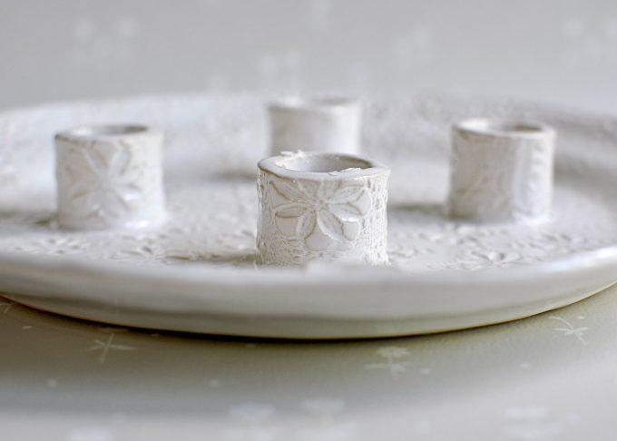 Handgjort vitt ljusfat | Petra Lunds Lera | Willekulla Lantlig Inredning | närbild
