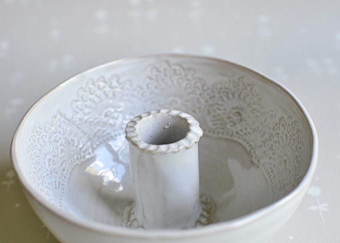 Handgjord vit ljusskål | Petra Lunds Lera | Willekulla Lantlig Inredning | ovanifrån