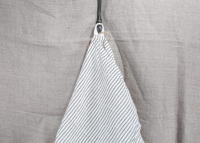 Randig handduk av bomull 50x70cm | Ib Laursen | Willekulla Lantlig Inredning - hängande