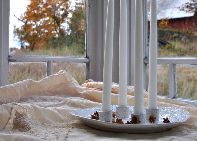 Handgjort vitt ljusfat | Petra Lunds Lera | Willekulla Lantlig Inredning - helhetsbild
