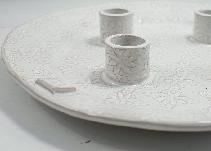 Handgjort vitt ljusfat | Petra Lunds Lera | Willekulla Lantlig Inredning - närbild