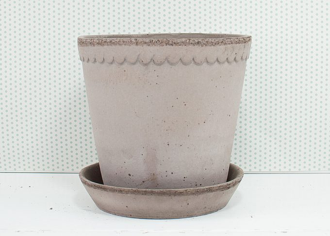 Helena Handmade Flowerpot Grey Color ⌀ 18 cm from Bergs Potter - Front