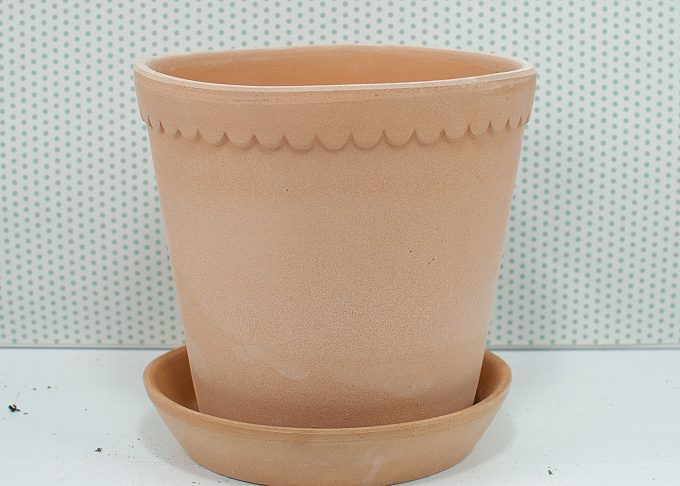 Helena Handmade Flowerpot Light Color ⌀ 18 cm from Bergs Potter - Front