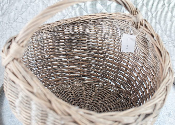 Small Willow Basket with Handle from Ib Laursen - Inside