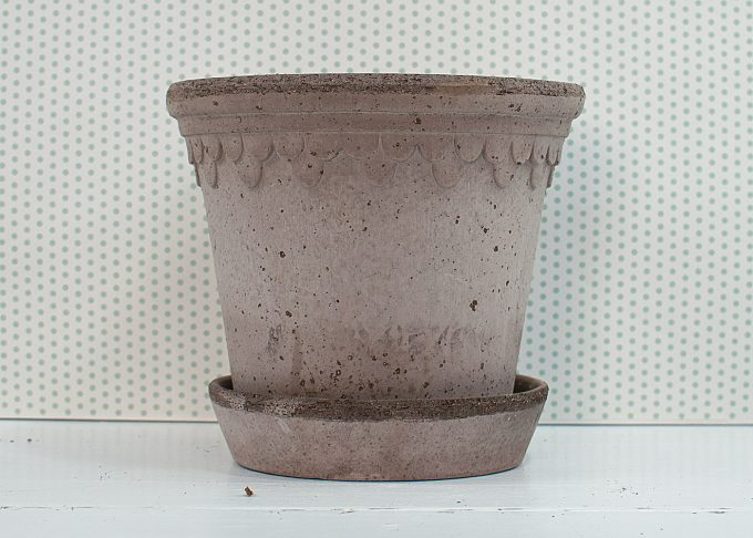 Kopenhagen Handmade Flowerpot Grey Color ⌀ 16 cm from Bergs Potter - Front
