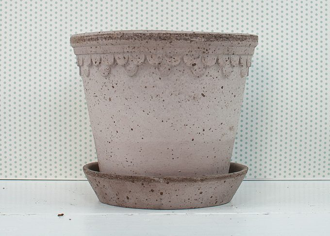 Kopenhagen Handmade Flowerpot Grey Color ⌀ 18 cm from Bergs Potter - Front