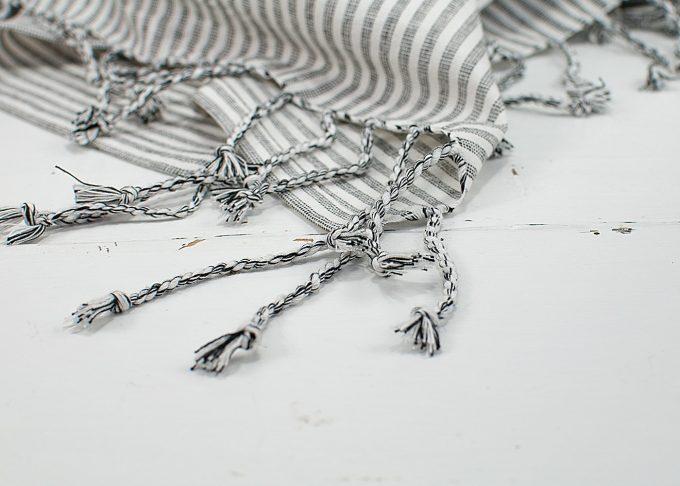 Stor randig hamam handduk | Ib Laursen | Willekulla Lantlig Inredning - fransar