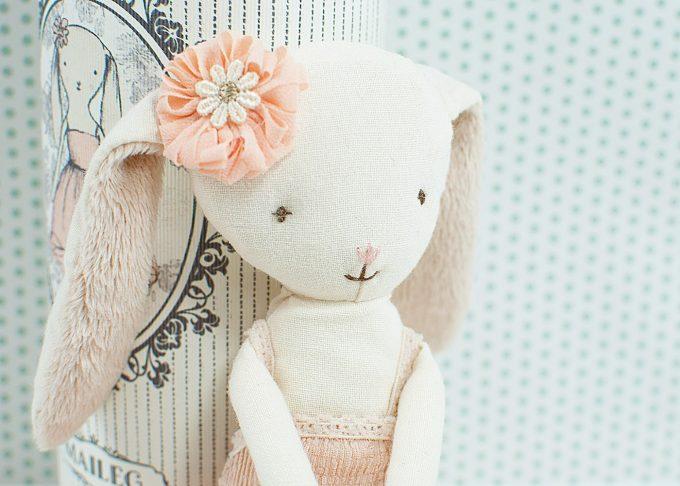 Ballerina kanin mini | Maileg | Willekulla Lantlig Inredning - närbild