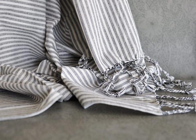 Stor randig hamam handduk | Ib Laursen | Willekulla Lantlig Inredning | fransar