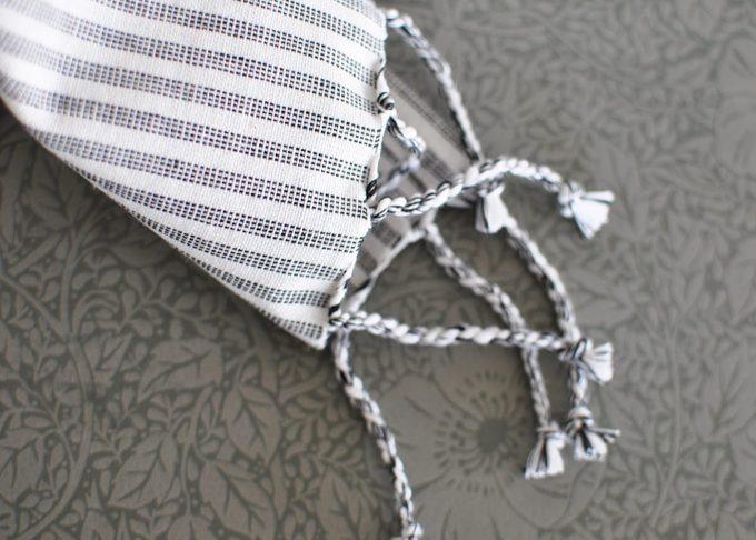 Randig Liten hamam handduk | Ib Laursen | Willekulla Lantlig Inredning | närbild