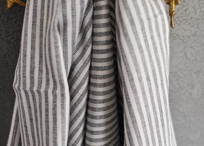 Stor randig hamam handduk | Ib Laursen | Willekulla Lantlig Inredning | hängande